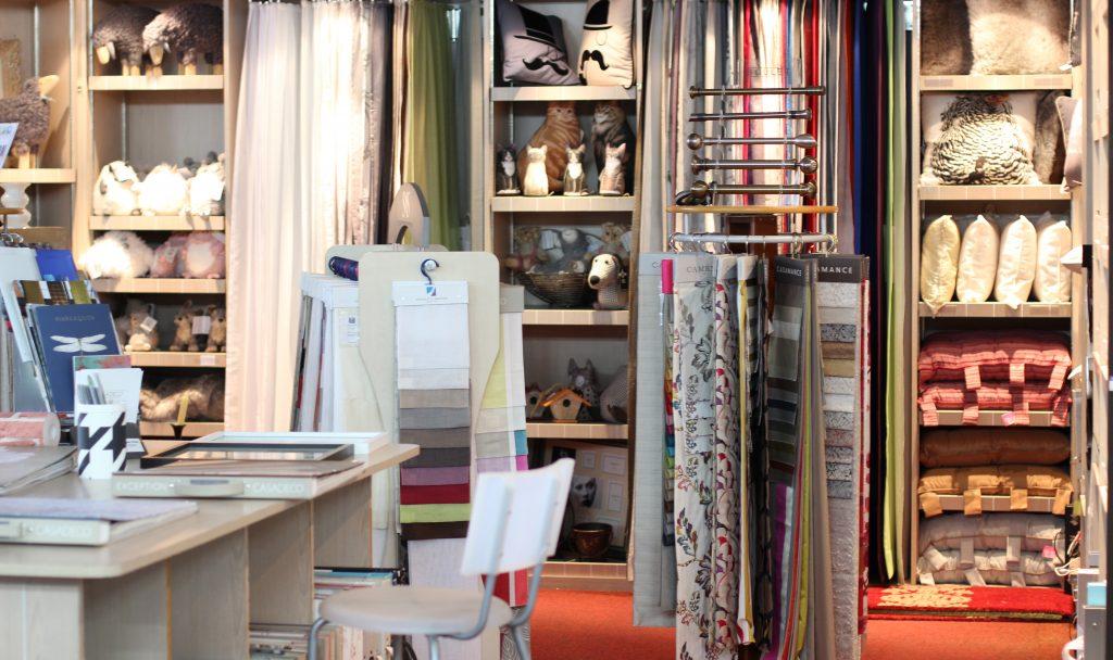 Hall du Papier Peint - Stores & Rideaux